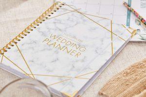 how-to-plan-a-wedding-3489425_03_journal_3266-6397a5e708154502b3af9adeb8e27c73